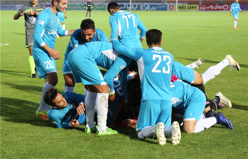Paykan raised to 3th rank of table by victory against Foolad Khoozestan.